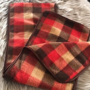 Like new checked 🧣 scarf